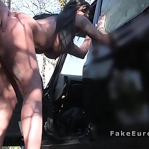 Huge knockers hottie changes in fake taxi