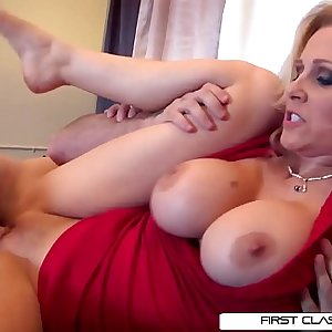 Julias spouse loves watching her getting pounded by other men