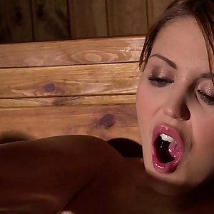 Horny Hanna Montada Fists Her Wet Beaver In The Steamy Sauna