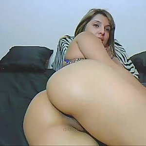 pretty latin angel with thick ass