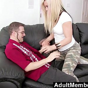 AdultMemberZone – Vanessa Gold just want to fuck a geek
