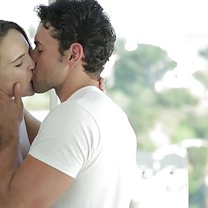 EroticaX COUPLEs PORN: Thru The Looking Glass