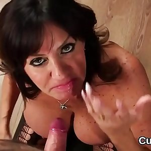 Frisky model gets jizz load on her face eating all the love juice